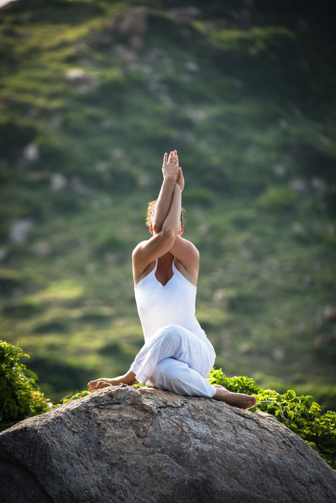 Yoga-on-the-rock_Original_15118